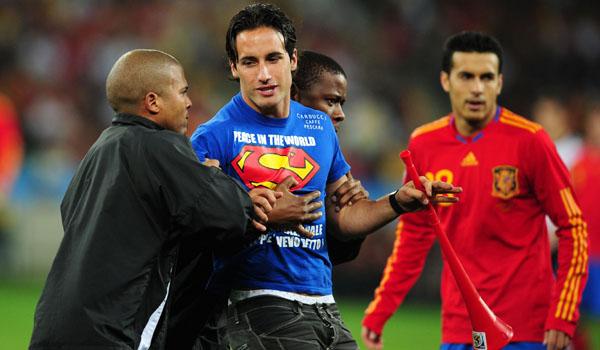 Superman di Semifinal Piala Dunia