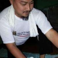 Bukan di Negeri Dongeng. Tukang Urut Ini Terpilih Sebagai Wakil Rakyat